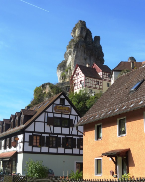 Limestone spires above the houses of Tuchersfeld