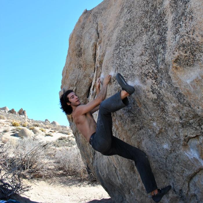 3_phil bouldering1